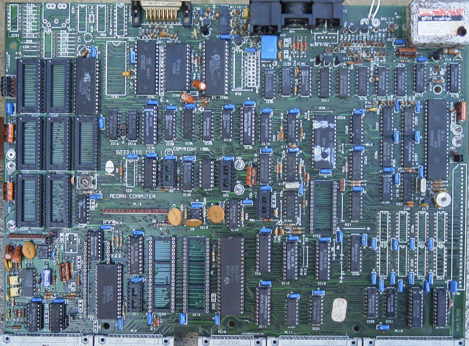 Subject Bbc B 128k Photo Circuit Diagram And Theres The Schematic At Http Info Comp Circuits Bbcplusgif 957k Beebmaster Has Photos Of A Populated Here